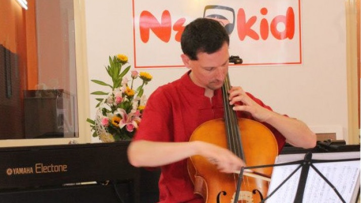 """""""Sweet Melody"""" – Giao Lưu Cellist Matthieu Widart"""