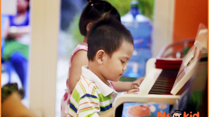 Học Piano Giúp Ích Gì Cho Con Của Bạn?