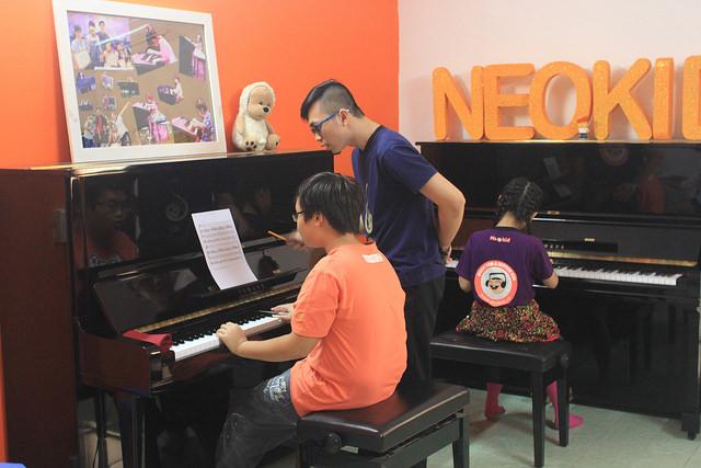 day dan piano cho tre em