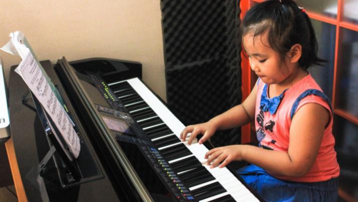 Giúp Trẻ Tăng Cường Trí Nhớ Và Khả Năng Học Tập Bằng Âm Nhạc
