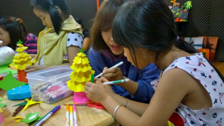 """Neokid Art – Workshop """"Giáng sinh vui nhộn cùng Neokid"""""""