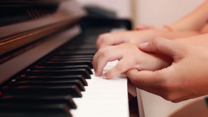 Sử dụng Pedal trong học đàn Piano cho trẻ