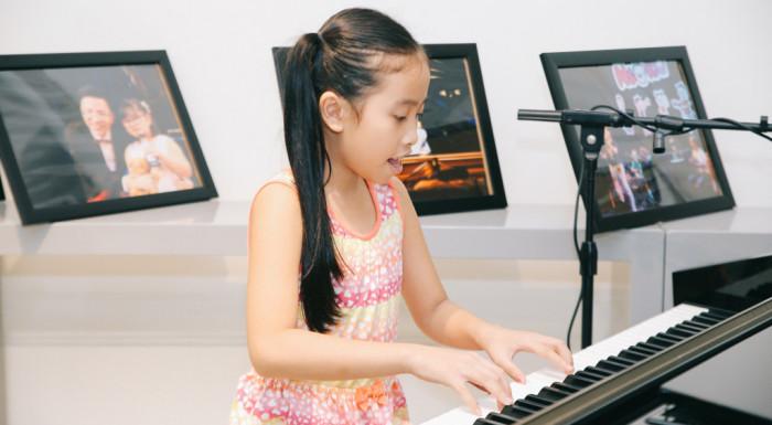 Nhạc cụ tốt giúp củng cố nền tảng âm nhạc và tạo hứng thú cho bé học nhạc