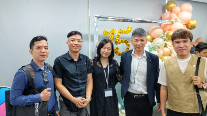 Đoàn Neokid công tác tại Malaysia